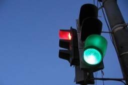 3 новых светофорных объекта установят в Невском районе в IV квартале 2012 года